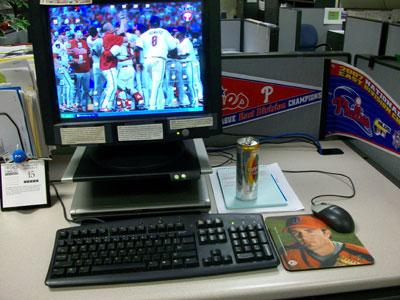desk-001.jpg